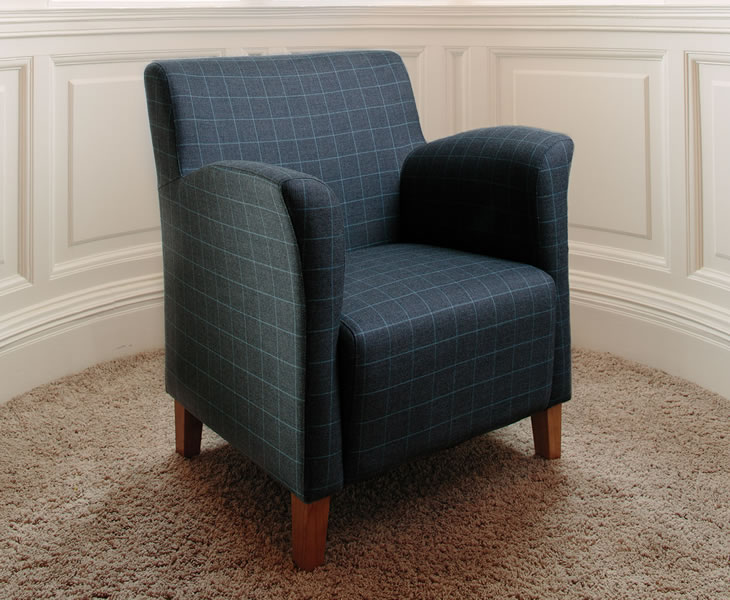 Armchairs Leven Scottish Plaid Upholstered Occasional Chair graphite plaid